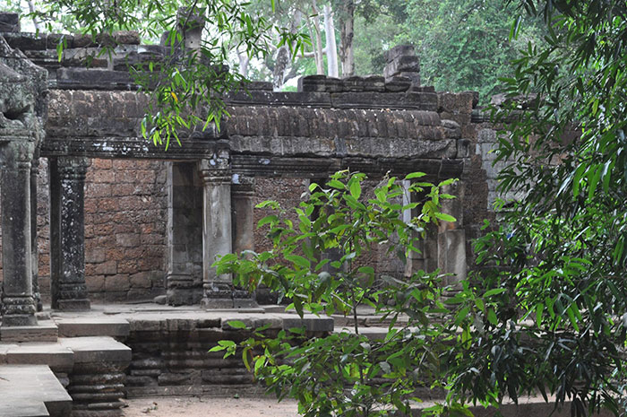 siemreap-traveling-in-cambodia,siemreap-temple-tou