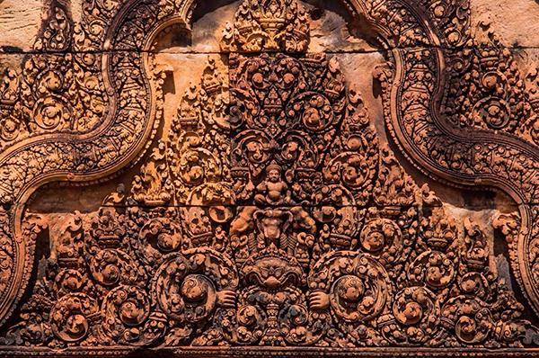 temple-of-angkor,Carving-of-BanteaySrey-Temple,Banteaysrey-Temple